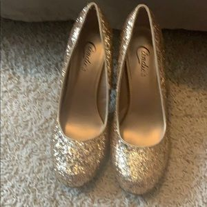 Candies Gold glitter shoes size 8.5